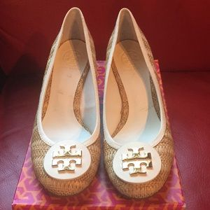 Tory Burch Straw Leather Pumps New With Box!
